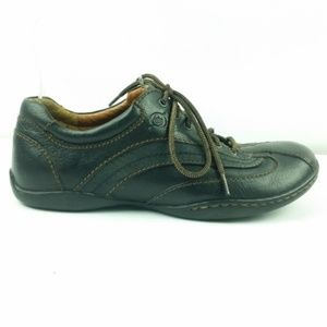 Born Size 7 Brown Leather Sneakers S4-4